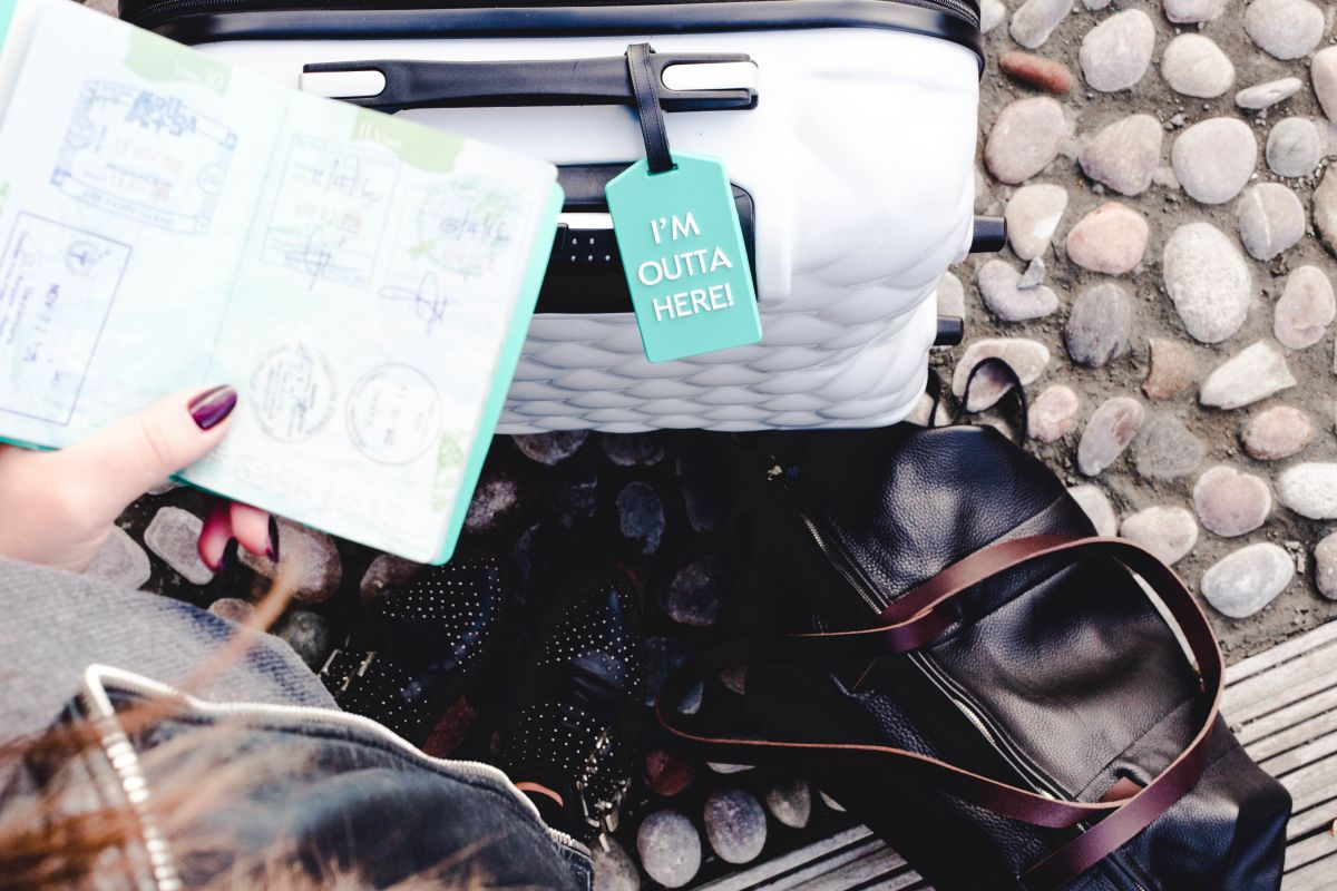 image of 5 ways to save money & travel on a budget by Nadia El Ferdaoussi